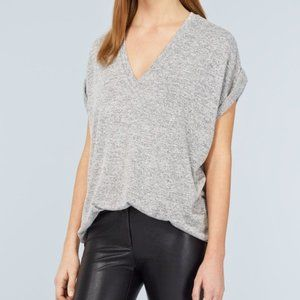 Aritzia Wilfred Trentini Short Sleeve V neck XXS